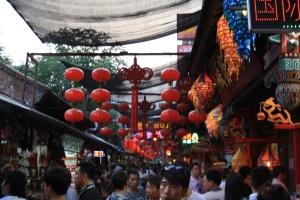 Huttongs y puestos de comida callejeros