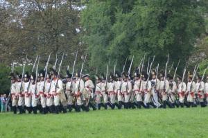 Austriacos desfilando al final de la batalla