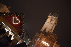 Torre del reloj en la plaza vieja