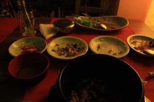Comida coreana, estaba tan rico y entraba por los ojos que no pudimos aguantarnos a sacar la foto antes de comerlo todo :(