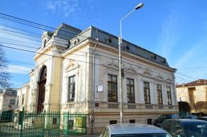 Edificio histórico en la calle Unirii
