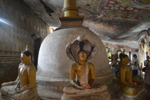 Interior cuevas Dambulla