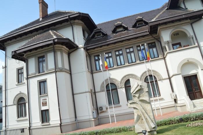 El ayuntamiento - The townhall