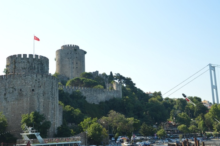 Fortaleza sobre el Bosforo - Fortress along the Bosphorus