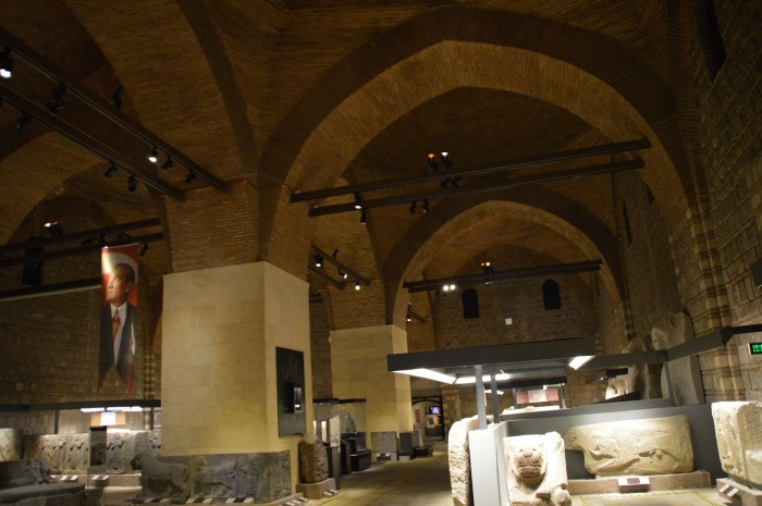 Dentro del museo - Inside of the museum