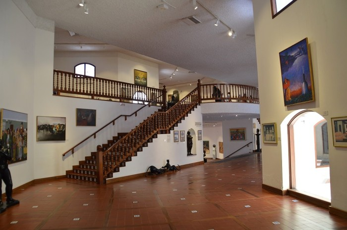Interior del museo - Museum interior