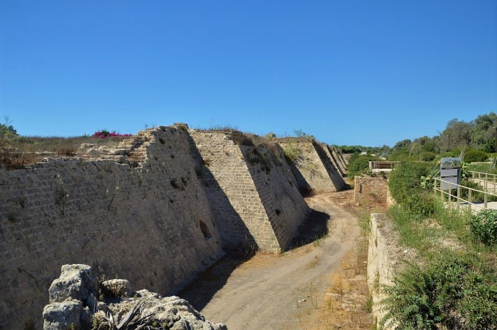Muros de Cesarea - Cesarea walls