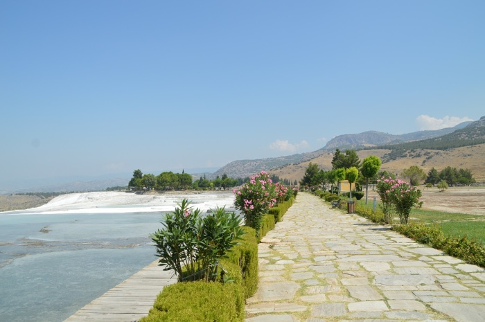 Paseo por Pamukkale - Walk in Pammukkale