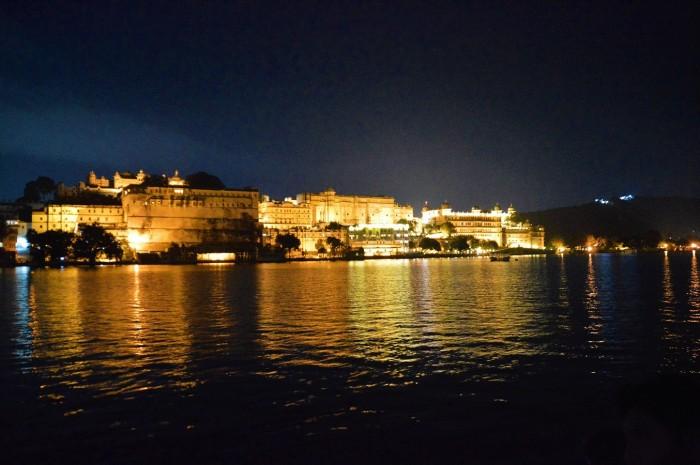 Palacio de la ciudad de noche - City palace by night