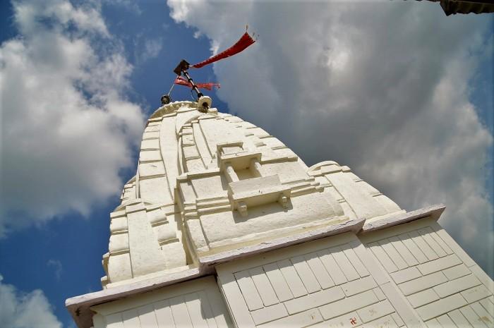 templo Neemach Mata Mandir temple